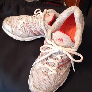 Adidas Ladies Running Shoe Sz 6 1/2